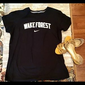 Wake Forest XXL t shirt slim fit